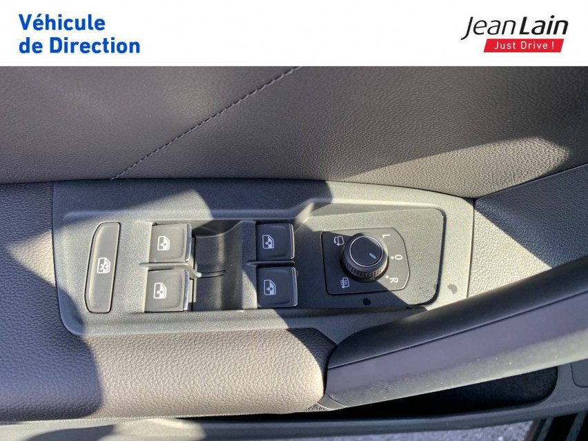 VOLKSWAGEN TIGUAN Tiguan 2.0 TDI 200ch DSG7 4Motion Elegance 26/08/2021                                                      en vente à Fontaine - Image n°19