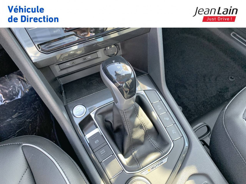 VOLKSWAGEN TIGUAN Tiguan 2.0 TDI 200ch DSG7 4Motion Elegance 26/08/2021                                                      en vente à Fontaine - Image n°13