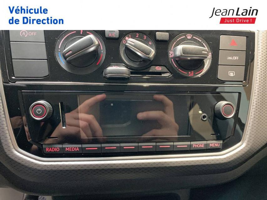 VOLKSWAGEN UP! 2.0 Up 1.0 65 BlueMotion Technology BVM5 Active 08/03/2021                                                      en vente à Voiron - Image n°15