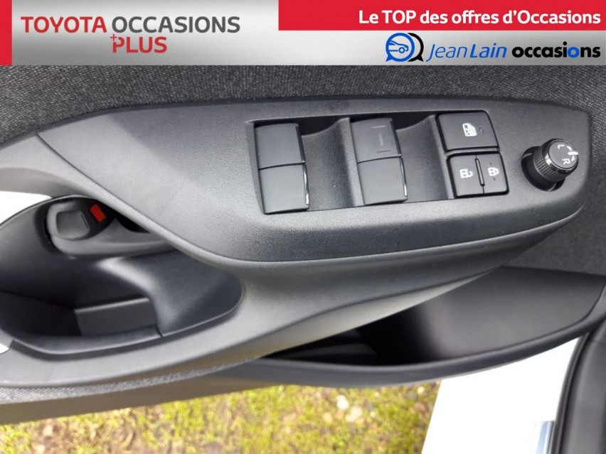 TOYOTA YARIS NOUVELLE Yaris 70 VVT-i Design 21/12/2020                                                      en vente à Valence - Image n°20