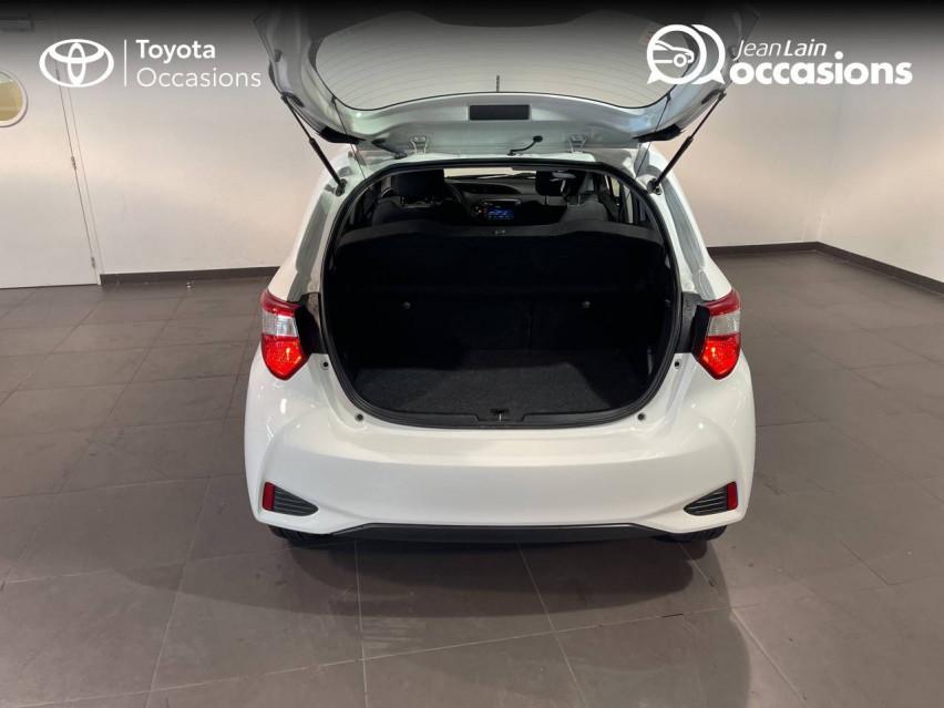 TOYOTA YARIS HYBRIDE MC2 Yaris Hybride 100h Dynamic 15/05/2018                                                      en vente à Meythet - Image n°10