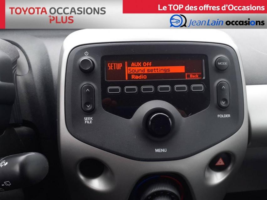 TOYOTA AYGO Aygo 1.0 VVT-i x-red 14/11/2017                                                      en vente à Crolles - Image n°16