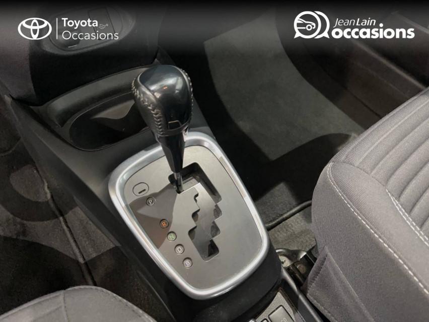 TOYOTA YARIS HYBRIDE MY19 Yaris Hybride 100h Dynamic 17/12/2018                                                      en vente à Albertville - Image n°13
