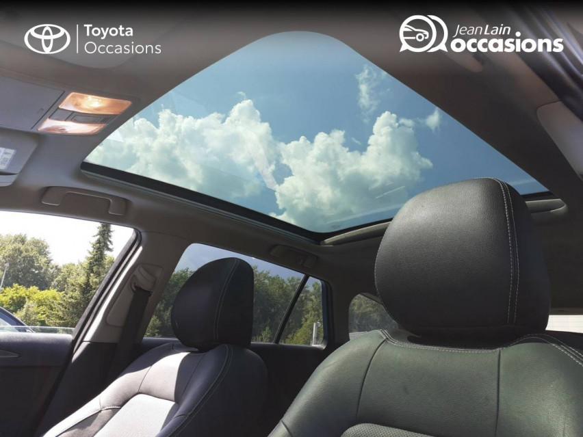 TOYOTA AVENSIS TOURING SPORTS Avensis Touring Sports 143 D-4D Executive 04/01/2017                                                      en vente à La Motte-Servolex - Image n°19