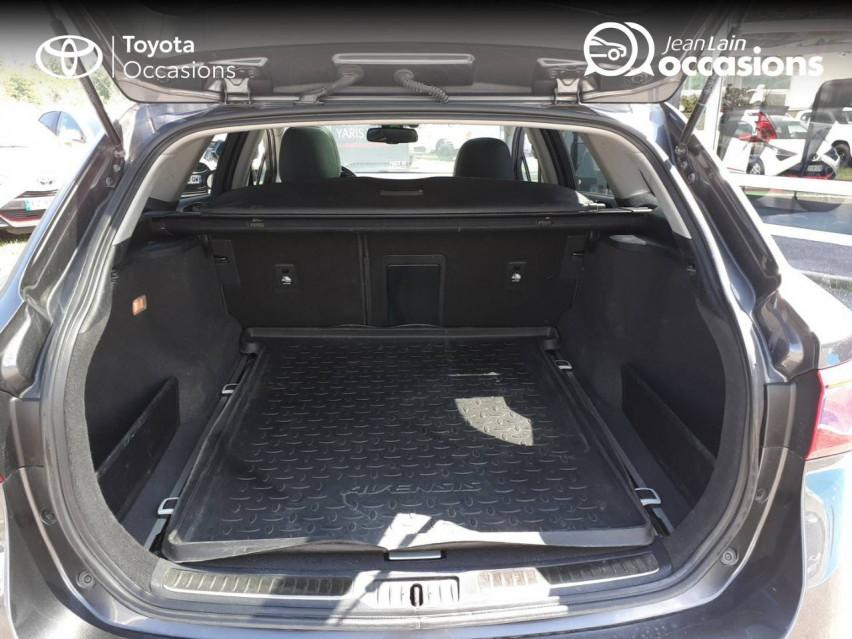 TOYOTA AVENSIS TOURING SPORTS Avensis Touring Sports 143 D-4D Executive 04/01/2017                                                      en vente à La Motte-Servolex - Image n°10