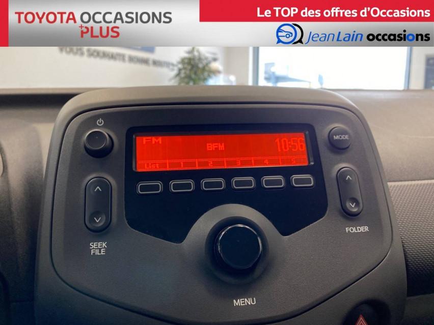 TOYOTA AYGO Aygo 1.0 VVT-i x 14/02/2019                                                      en vente à Seyssinet-Pariset - Image n°15