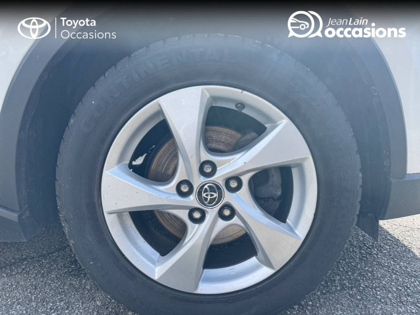 TOYOTA C-HR C-HR 1.2T CVT 4WD Dynamic 29/12/2016                                                      en vente à Tournon - Image n°9