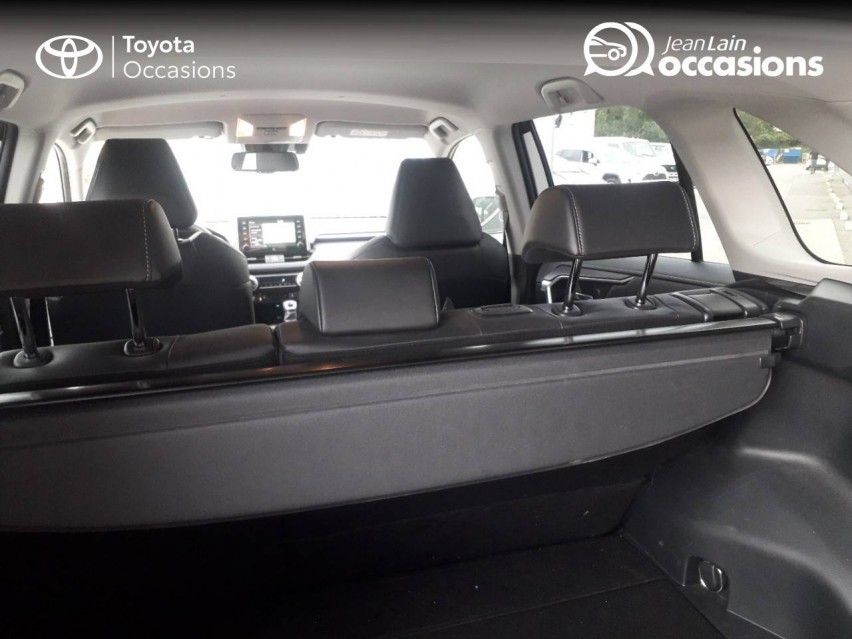 TOYOTA RAV4 HYBRIDE MY20 RAV4 Hybride 218 ch 2WD Lounge 04/11/2019                                                      en vente à Tournon - Image n°6