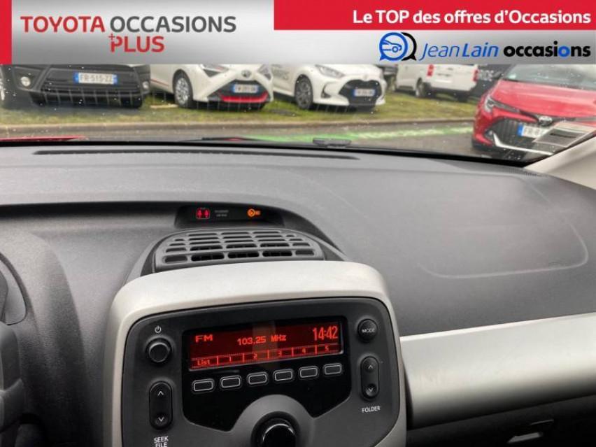 TOYOTA AYGO Aygo 1.0 VVT-i x-red 26/03/2018                                                      en vente à La Motte-Servolex - Image n°6