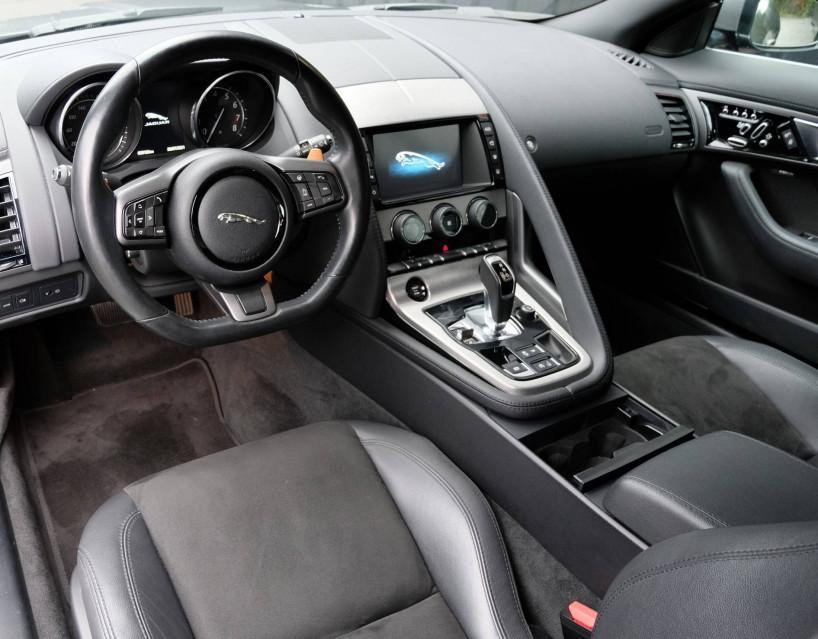 JAGUAR F-TYPE COUPE F-Type Coupé V6 3L Essence Suralimenté 340 ch BVA8 08/09/2016                                                      en vente à Grésy-sur-Aix - Image n°22