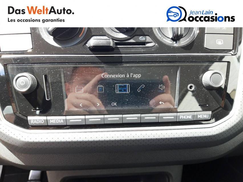 VOLKSWAGEN UP Up 1.0 60 BlueMotion Technology BVM5 Up! IQ.Drive 27/09/2019                                                      en vente à Chatuzange-le-Goubet - Image n°16