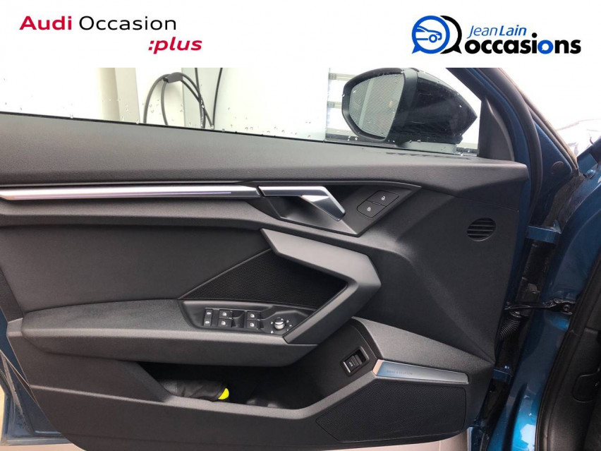 AUDI A3 SPORTBACK A3 Sportback 35 TDI 150 S tronic 7 Design Luxe 30/10/2020                                                      en vente à Cessy - Image n°19