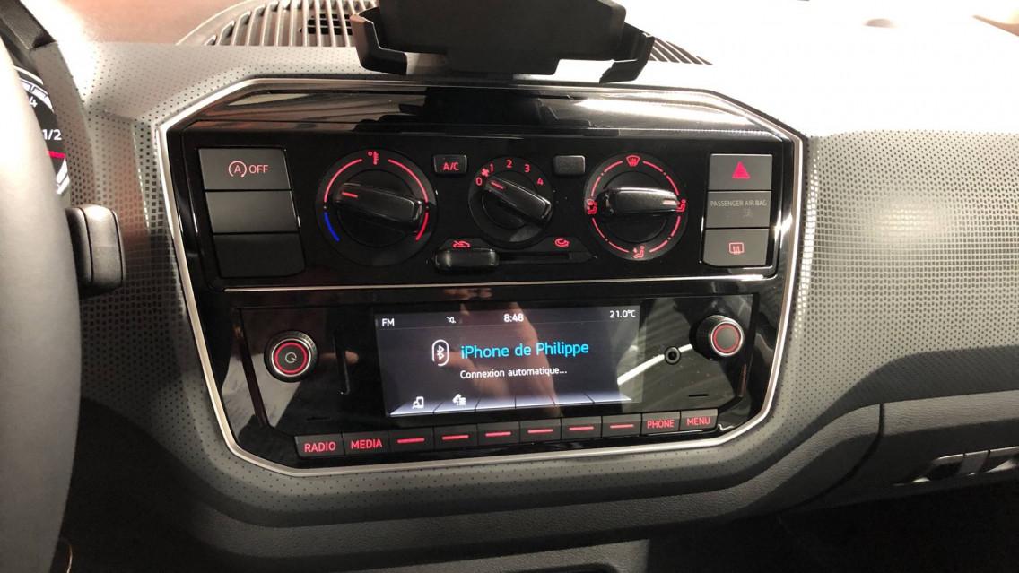 VOLKSWAGEN UP Up 1.0 60 BlueMotion Technology BVM5 Up! IQ.Drive 27/09/2019                                                      en vente à Valence - Image n°13