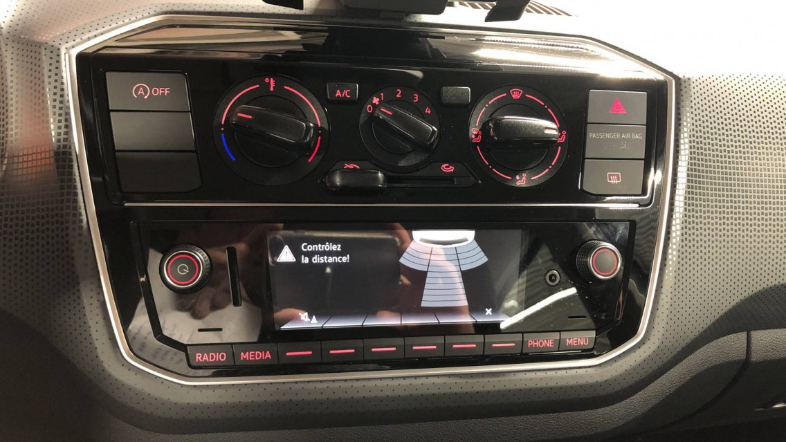 VOLKSWAGEN UP Up 1.0 60 BlueMotion Technology BVM5 Up! IQ.Drive 27/09/2019                                                      en vente à Valence - Image n°14