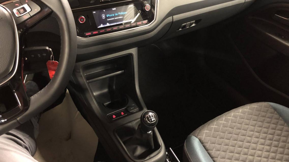 VOLKSWAGEN UP Up 1.0 60 BlueMotion Technology BVM5 Up! IQ.Drive 27/09/2019                                                      en vente à Valence - Image n°12
