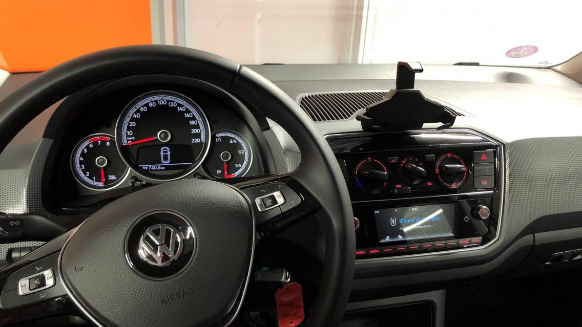 VOLKSWAGEN UP Up 1.0 60 BlueMotion Technology BVM5 Up! IQ.Drive 27/09/2019                                                      en vente à Valence - Image n°9