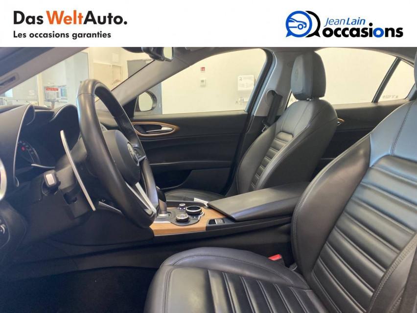 ALFA ROMEO GIULIA Giulia 2.0 TB 200 ch AT8 Lusso 31/10/2017                                                      en vente à Seyssinet-Pariset - Image n°11