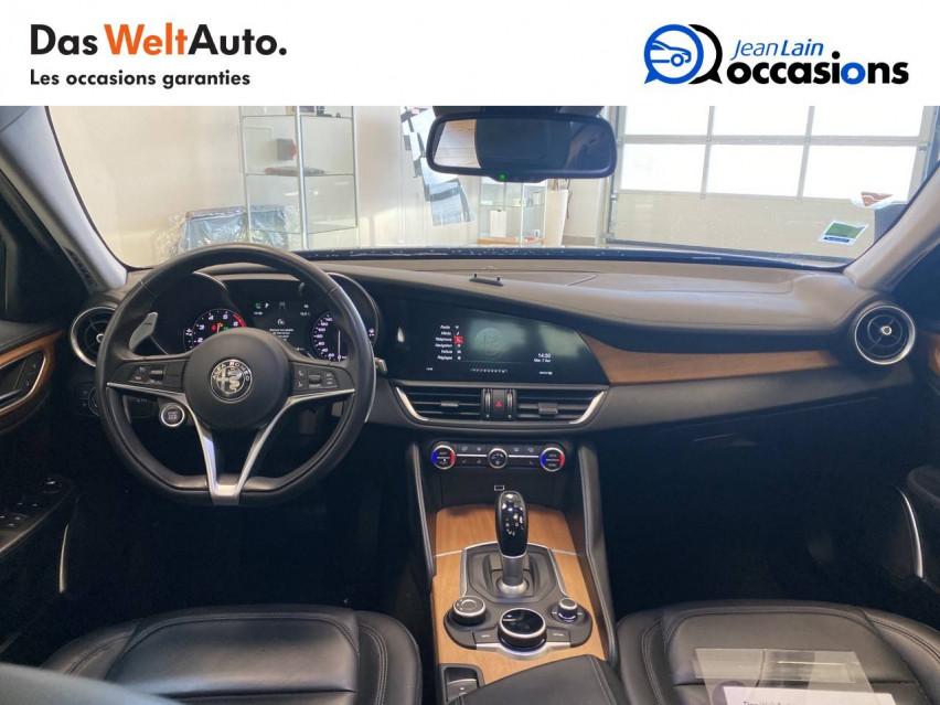 ALFA ROMEO GIULIA Giulia 2.0 TB 200 ch AT8 Lusso 31/10/2017                                                      en vente à Seyssinet-Pariset - Image n°18