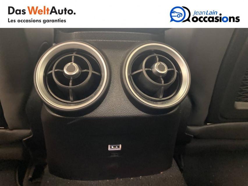 ALFA ROMEO GIULIA Giulia 2.0 TB 200 ch AT8 Lusso 31/10/2017                                                      en vente à Seyssinet-Pariset - Image n°19