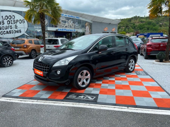 Acheter PEUGEOT 3008 1.6 HDI 112 Active Attelage chez SN Diffusion