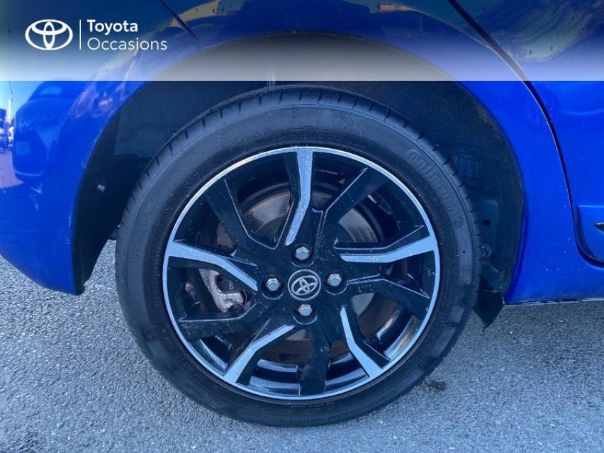 Photo voiture TOYOTA Yaris 100h Collection 5p     occasion en vente à Albi à 13690 euros