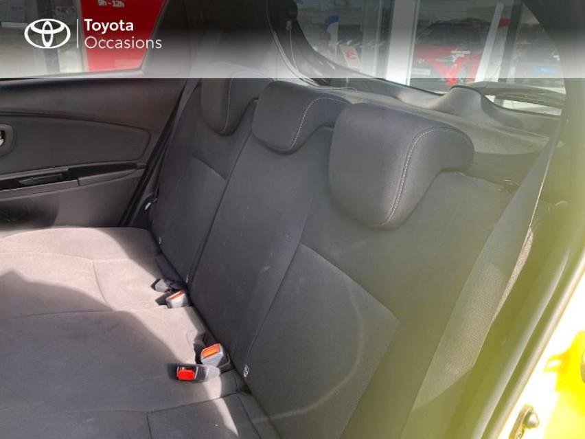 Photo voiture TOYOTA Yaris 100h Collection Jaune 5p     occasion en vente à Castres à 13990 euros