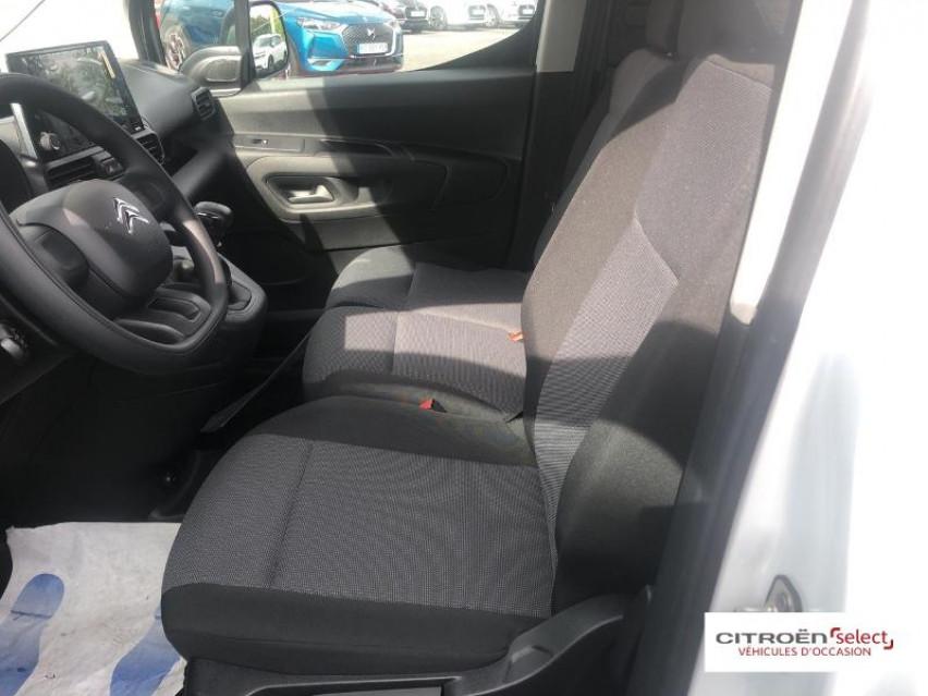 Photo voiture CITROEN Berlingo Van VUL M 650kg PureTech 110 S&S Club     neuve en vente à Rodez à 17548 euros
