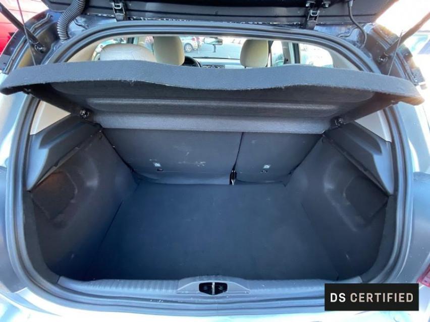 Photo voiture CITROEN C3 PureTech 110ch Shine S&S EAT6 E6.d 6cv     occasion en vente à Figeac à 17988 euros