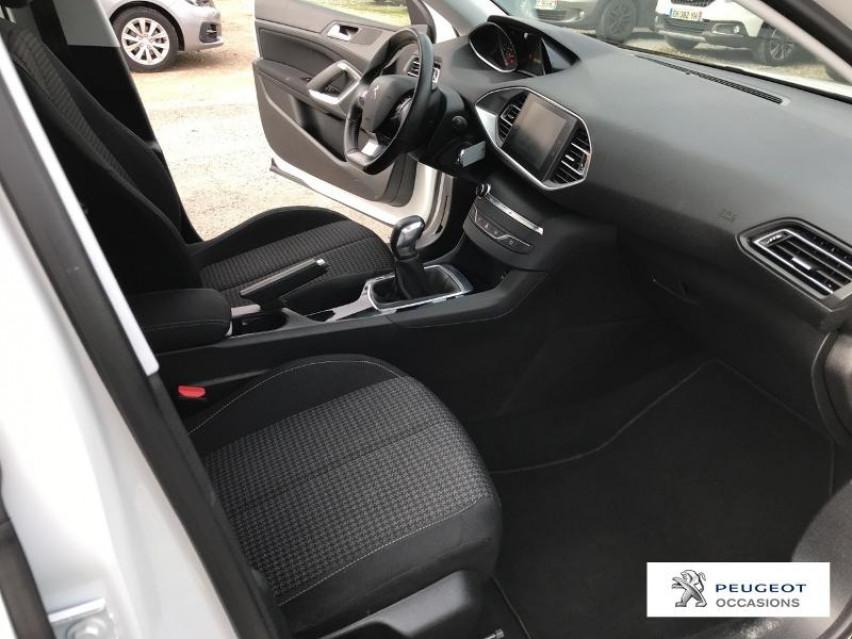 Photo voiture PEUGEOT 308 Affaire VUL 1.6 BlueHDi 100ch S&S Premium Pack     occasion en vente à Castres à 9963 euros