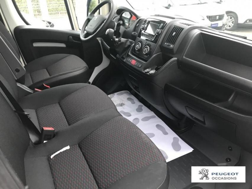 Photo voiture PEUGEOT Boxer FORGON TOLÉ 335 ASPHALT L2H2     neuve en vente à Castres à 27480 euros