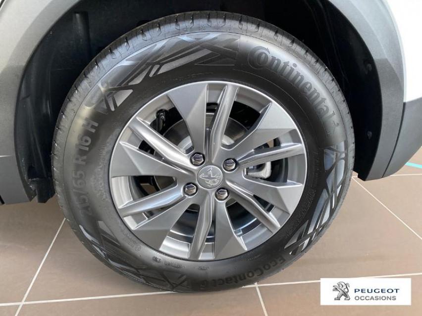 Photo voiture PEUGEOT 2008 e-2008 136ch Active Business     neuve en vente à Albi à 34927 euros