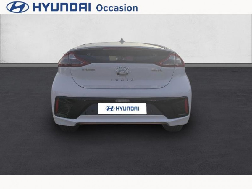 Photo voiture HYUNDAI Ioniq Electric 120ch Creative     occasion en vente à Castres à 18990 euros