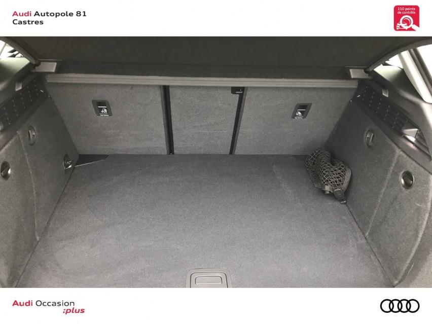 Photo voiture AUDI A3 A3 Sportback 40 e-tron 204 S tronic 6 Design Luxe 5p     neuve en vente à Castres à 39590 euros