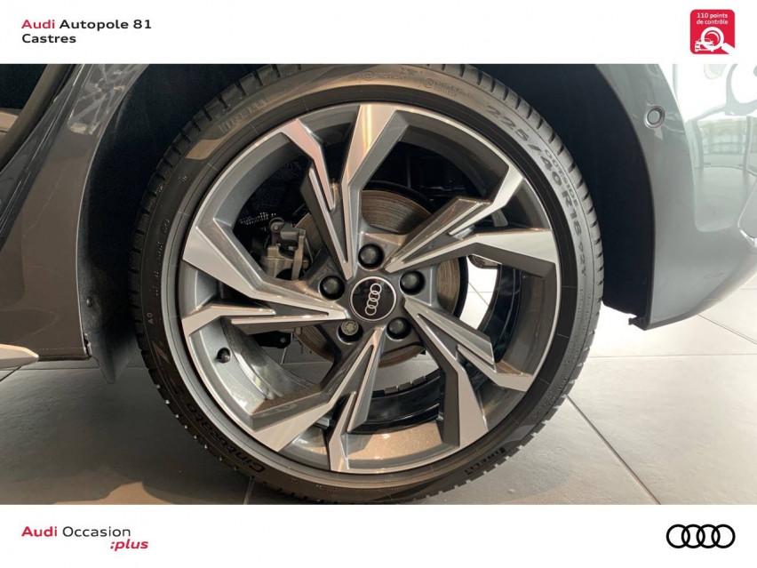 Photo voiture AUDI A3 A3 Sportback 35 TFSI 150 S tronic 7 S Line 5p     neuve en vente à Castres à 36899 euros