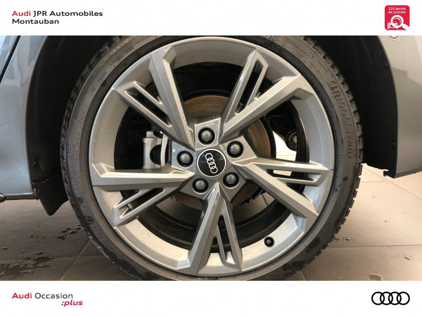 Photo voiture AUDI A3 A3 Sportback 40 TFSIe 204 S Tronic 6 S Line 5p     neuve en vente à Montauban à 43965 euros