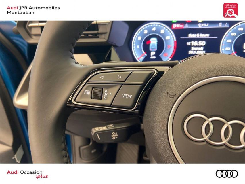 Photo voiture AUDI A3 A3 Sportback 35 TFSI 150 S tronic 7 Design Luxe 5p     neuve en vente à Montauban à 39828 euros