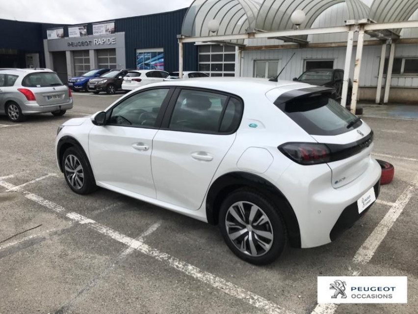 Photo voiture PEUGEOT 208 e-208 136ch Active Business     occasion en vente à Carcassonne à 20 900 euros