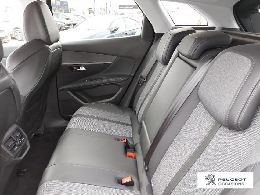 Photo voiture PEUGEOT 3008 1.2 PureTech 130ch S&S Allure     occasion en vente à Carcassonne à 24890 euros