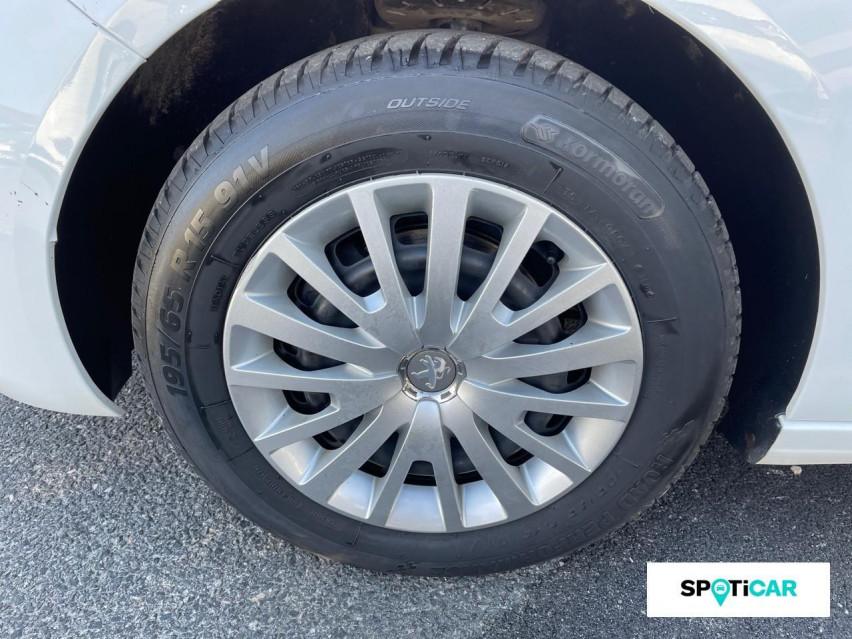 Photo voiture PEUGEOT 308 Affaire VUL 1.6 BLUEHDI 100 S&S BVM5 PREMIUM     occasion en vente à Rodez à 6600 euros