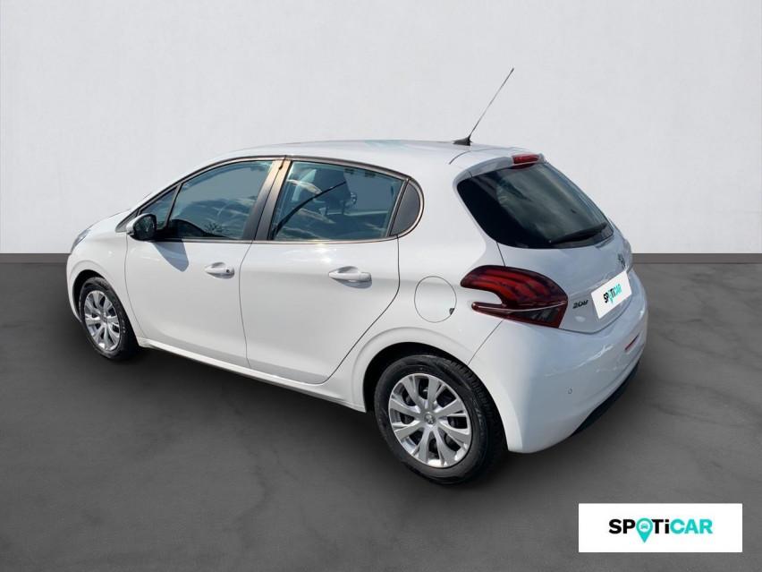 Photo voiture PEUGEOT 208 Affaire VUL 1.6 BLUEHDI 75 BVM5 PREMIUM PACK     occasion en vente à Rodez à 7989 euros