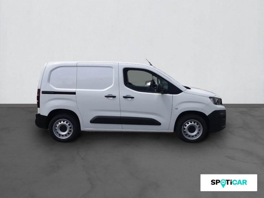 Photo voiture PEUGEOT Partner VUL PREMIUM HDI130     occasion en vente à Rodez à 15989 euros