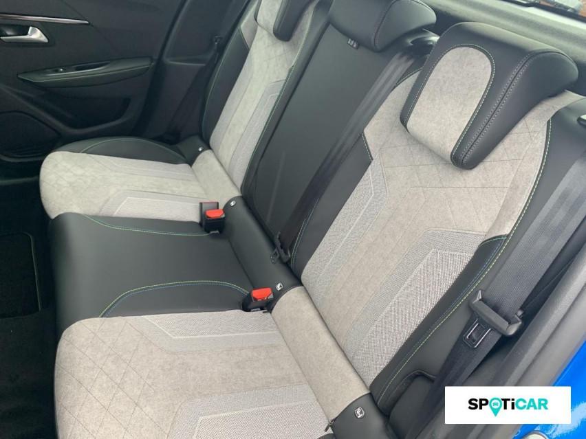 Photo voiture PEUGEOT 208 BlueHDi 100 S&S BVM6 GT Pack     occasion en vente à Rodez à 22989 euros